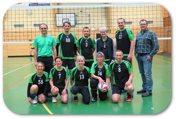 """Mixed-Volleyball: """"Second Hand"""" mit Sieg und Niederlage"""