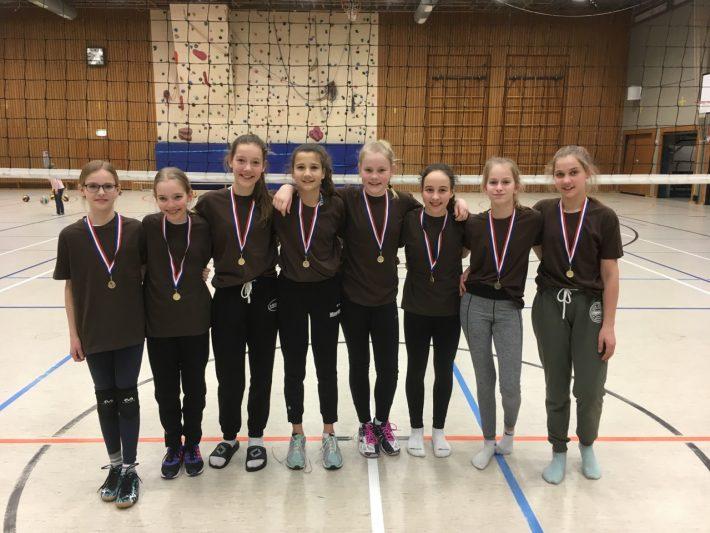 Die unter 14-jährigen Vollenballerinnen des TuS Heiligenstein sind Rheinland-Pfalz Meister